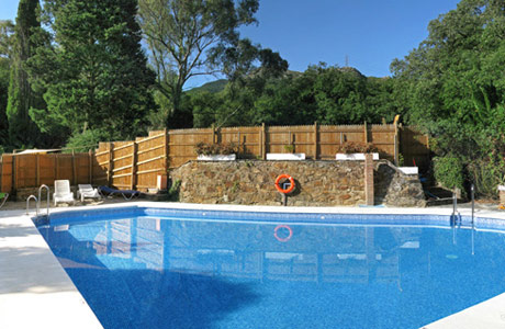 Huerta grande alojamiento piscina for Piscina huerta de lara